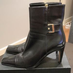 CHANEL Black Leather Zip Boots